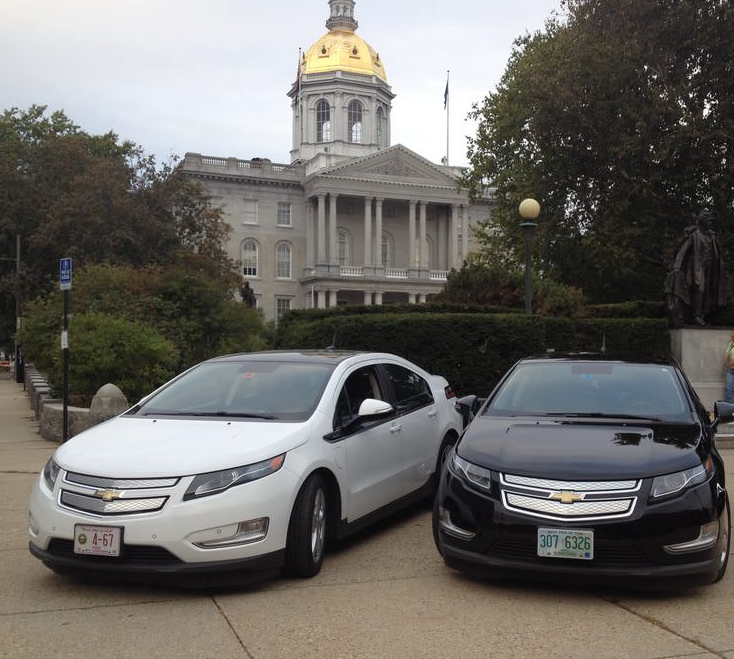 Drive Electric NH Concord. In front of the NH State House